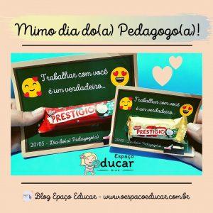 """Dia do(a) Pedagogo(a): cartão """"trabalhar com você é um prestígio!"""""""